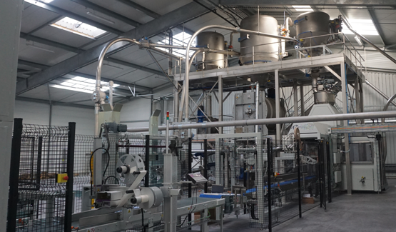 process line for mixing and packaging phytotherapeutic products