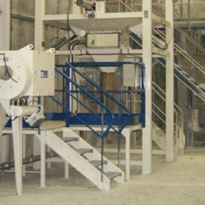 Bulk bag and sack discharger - Powder and bulk handling
