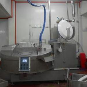 Food products processing line