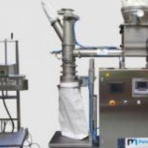 skid for bagging ingredients at the outlet of an atomization tower